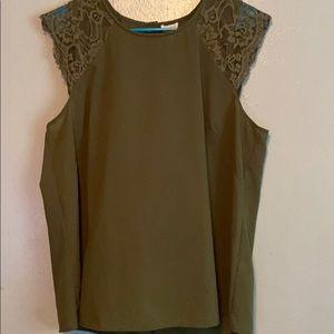 **JCREW**  Flowy lace detail cap sleeve blouse